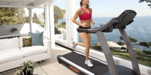 How to Run on a Treadmill to Lose Weight