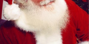 7 Ways to Keeping Santa Real for Kids