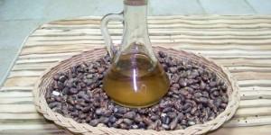 Castor Oil's Effects on Thin Hair