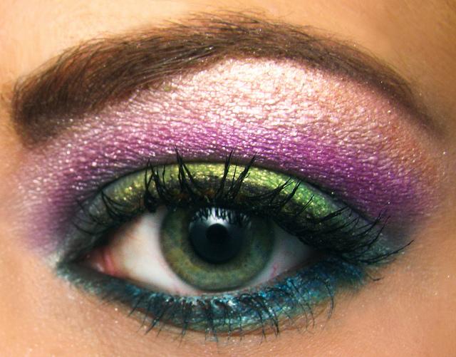 pairing eyeshadows